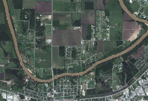 Simonton, Texas - Before and after Harvey's floods