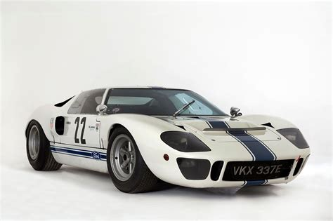 Ford GT40 - The National Motor Museum Trust