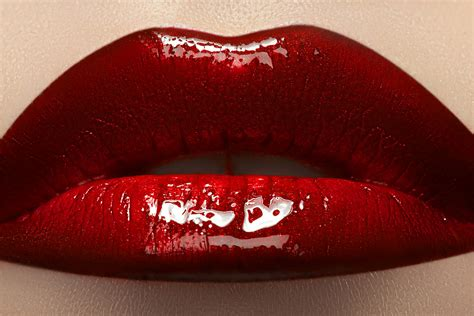 Rote Lippen - Belle Experts