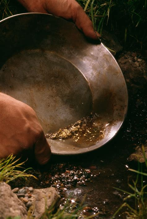 How to Separate Gold From Dirt   Sciencing