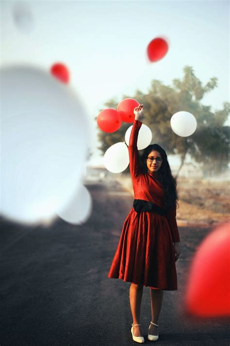 Free picture: girl, balloon, red, white, happiness, love