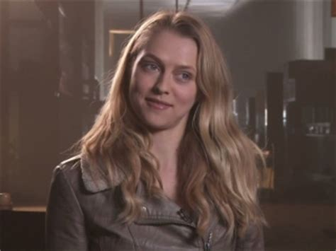 Warm Bodies: Teresa Palmer On Julie And R's Background