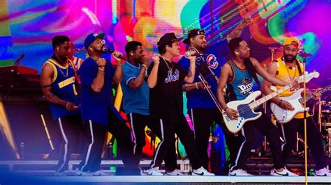 Bruno Mars Brought The (Uptown) Funk To Open The