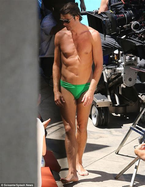 Jerry O'Connell shows off his slim physique as he slips