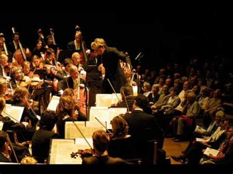 Pachelbel's Canon in D (Very full orchestra) - YouTube