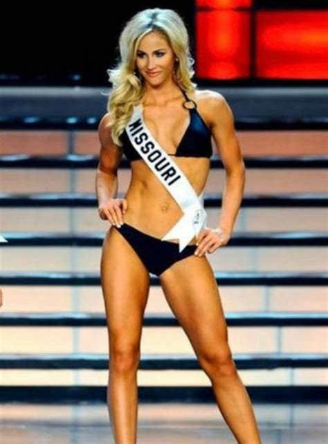Tony Romo's wife Candice Crawford is ex beauty queen with